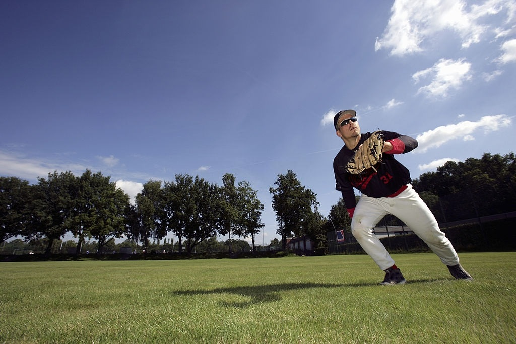 Top 7 Best Sunglasses For Baseball Catchers, Outfielders, Coaches & Umpires