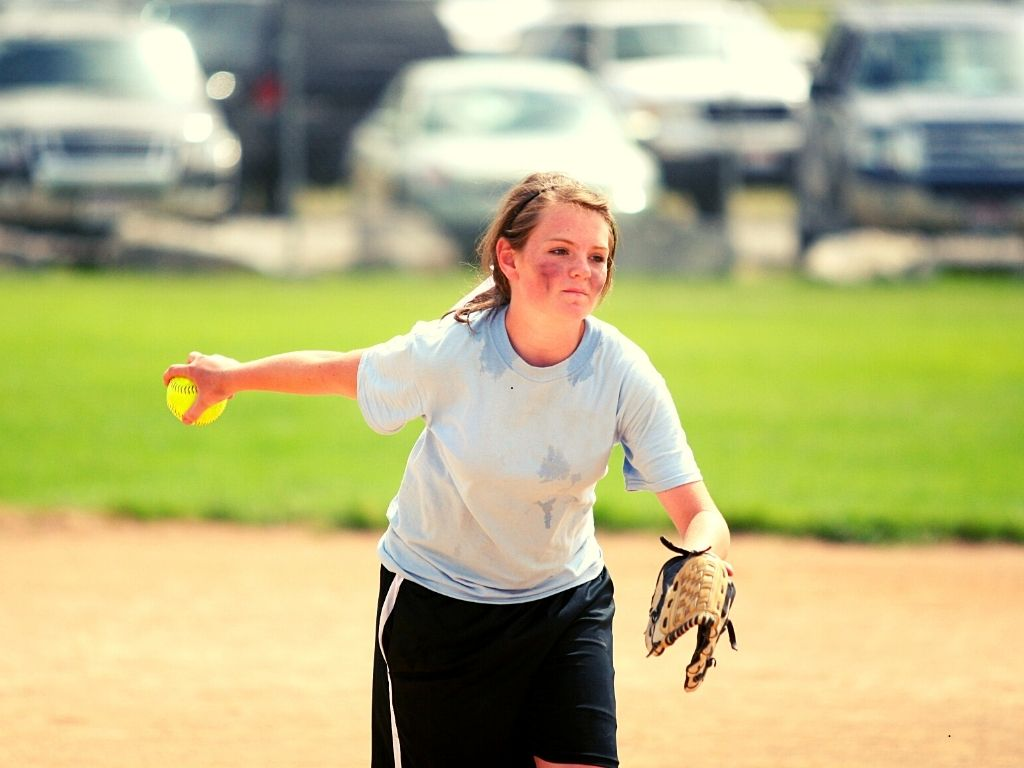 How to Pitch Softball Properly